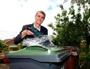 Cllr Haken launches electrical recycling scheme